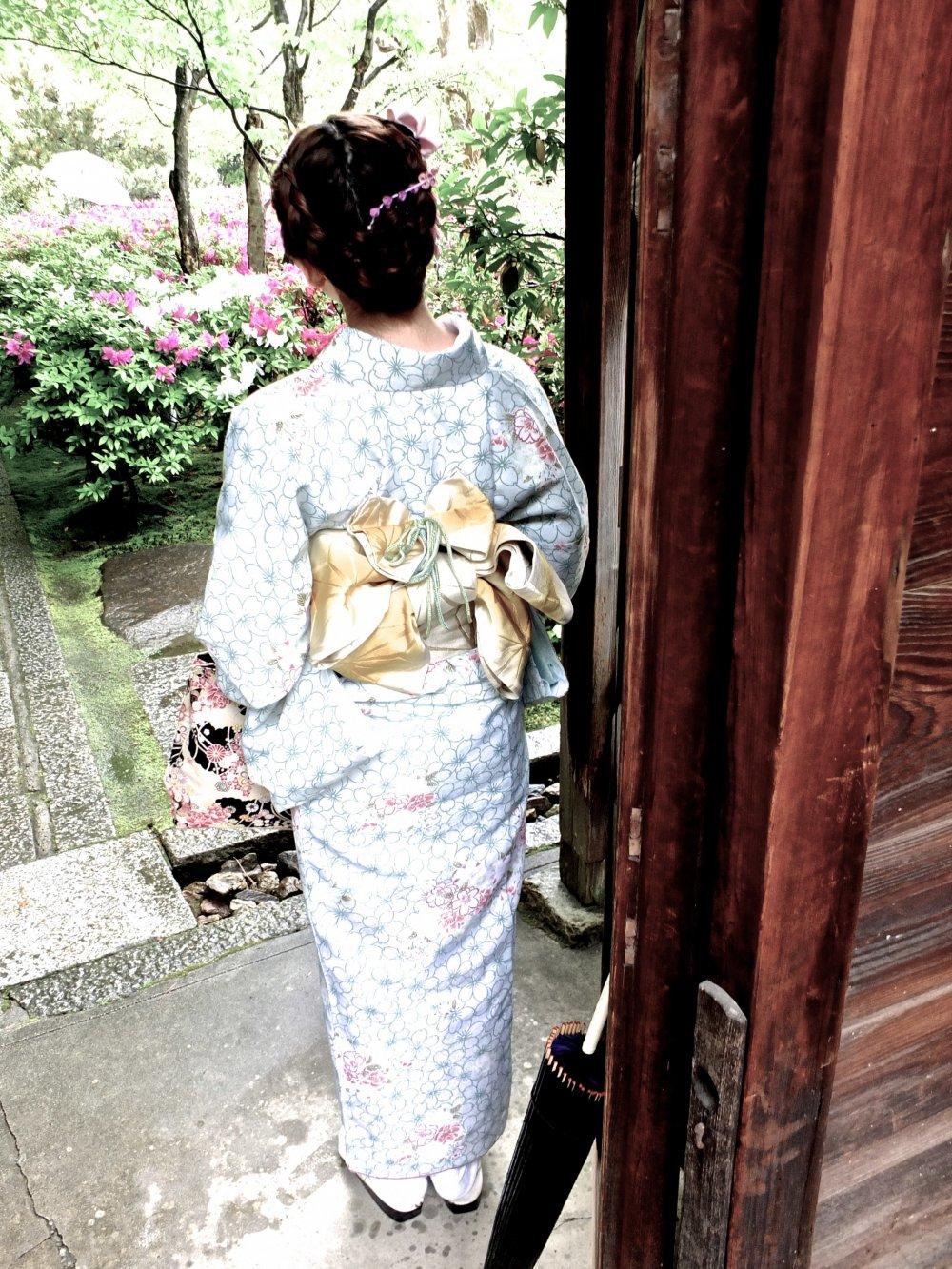 A l'entrée du temple Entoku-in à Kyoto