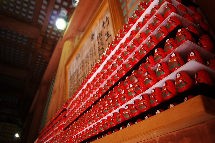 Darumadolls waiting for wishes