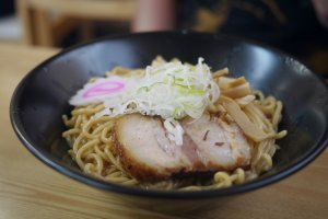 A bowl of soba: the richness of their flavor is outstanding.