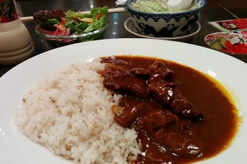 <p>Gyutan&nbsp;curry is magic. The texture of the meat softens while the spiciness of the curry mixes well with the juiciness of the meat</p>