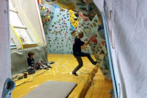 First view of the bouldering wall