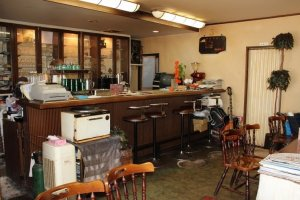 観光客だけでなく、地元の人たちもコーヒーを飲みに訪れる