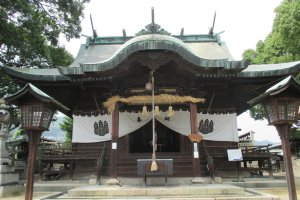 One of many temples in Onomichi