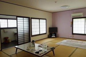 ห้องพักที่ Kariboshi กว้างมาก และสิ่งอำนวยความสะดวกพร้อม