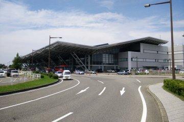 Аэропорт Ниигата