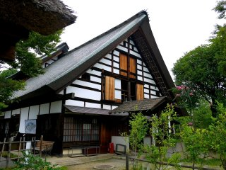 Although the roof is not thatched, the style of the house is like some of the Shirakawa-go houses