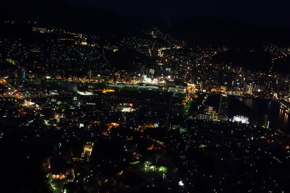 วิวร้อยล้านที่ Inasayama Nagasaki