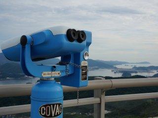 มีกล้องให้ส่องในราคาแค่ 100 เยน