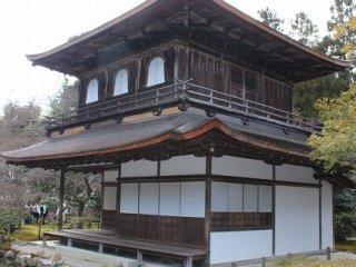 은각사는 또 다른 이름을 히가시야마 지쇼지라고 한다