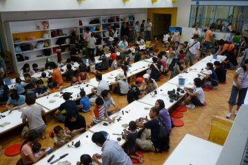 Community involvement in workshops at the museum