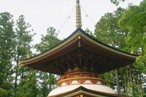Danjogaran toto atau pagoda sebelah timur