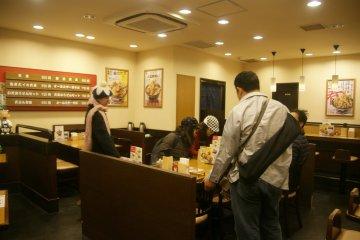 ร้านอาหารญี่ปุ่นแบบเรียบง่ายยอดนิยม