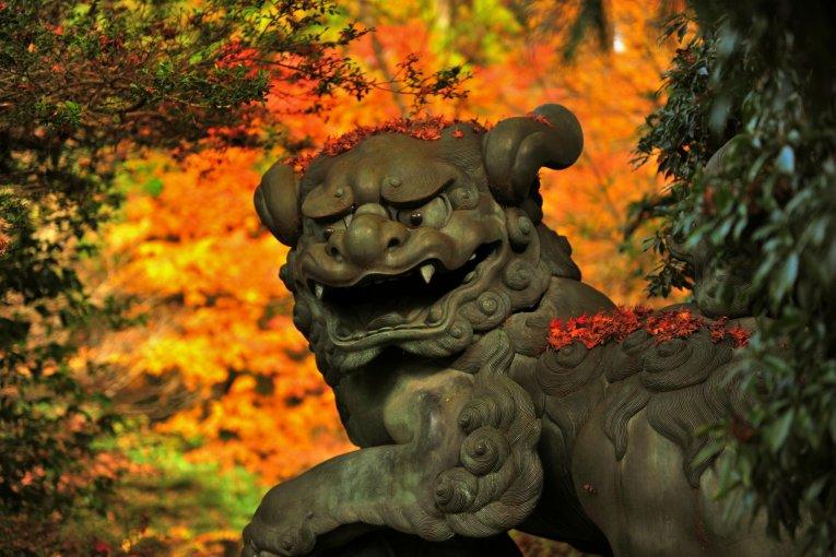 Đền Hakone: Vị thần may mắn