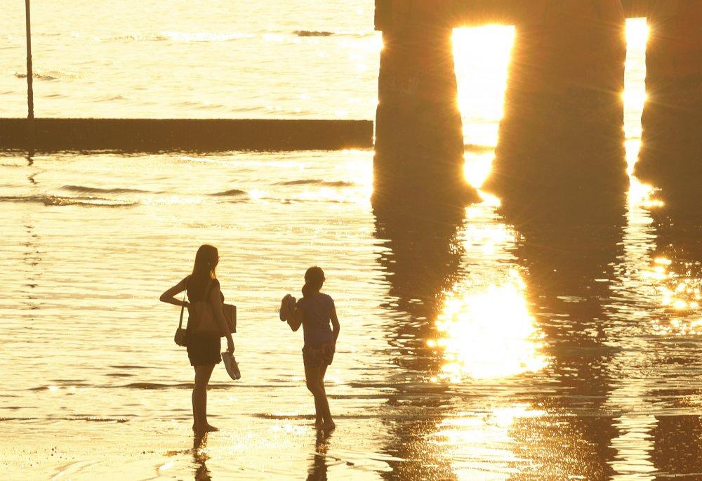 とにかく海外からの観光客が多いのが眼に付く さすが世界文化遺産の宮島だ