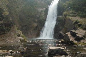 Air terjun Akiu setinggi 55m