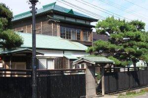 元町有許多非常老的房子