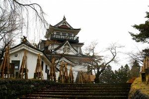 kastil Yokote