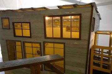 <p>บ้านของนาระนี้เป็นผลงานศิลปะของ&nbsp;Nara Yoshitomo ที่จัดแสดงอยู่ภายใน</p>
