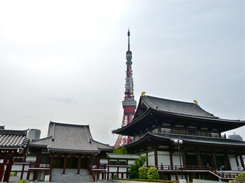 The temple sits at the feet of the Tokyo Tower.