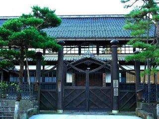 市政記念館(舊高山町役場)