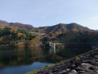 View of Nosen Lake from the top of Arakawa Dam