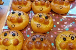 Uncle Jam's Bakery makes a whole host of baked goods modeled after Anpanman characters