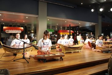<p>Cultural performances can also be seen time to time at the canteen</p>