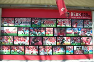 Isetan in Urawa gets in on the Reds' act