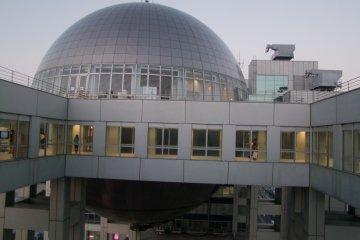 <p>Interesting architecture</p>