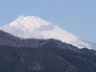 La neige recouvre le Mont Fuji