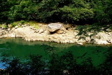 <p>Beautiful Seta River</p>