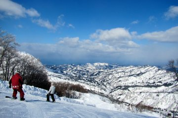 Charmant Hiuchi Snow Resort