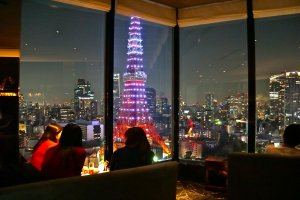 Sky Lounge Stellar Garden provides a stunning view of the city's landmark