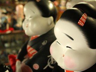 Japanese figurines at a souvenirshop