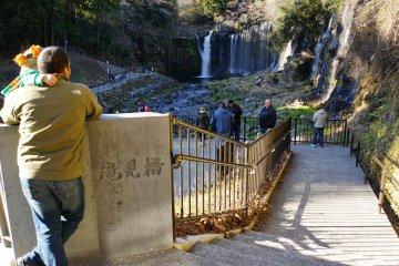 <p>Takimi Bridge has the first viewing platform for Shiraito Falls</p>