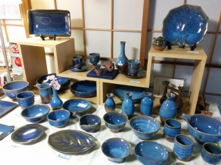 The hue of a local ceramic craft matches the season