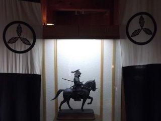Une exposition à l'intérieur du château