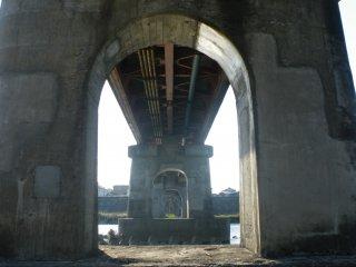 Taking a stroll under the bridge