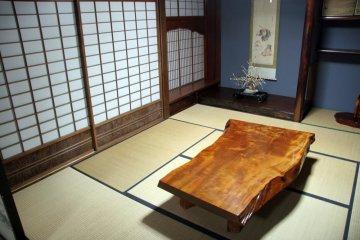 <p>Внутри одного из домов в традиционном стиле&nbsp; Гассё-Зукури</p>