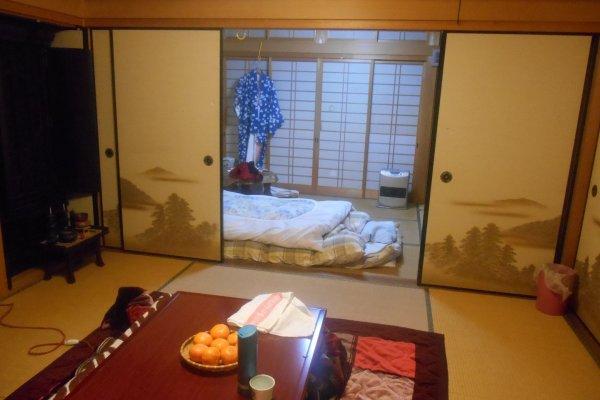 La chambre d'une maison d'hôtes d'Asuka