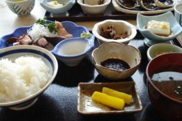 Тако Тэйсёку (сет-меню с осьминогом)