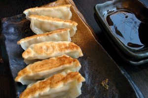 That ramen necessity – gyoza on the side