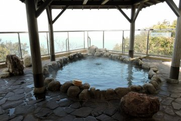 A beautiful, natural setting in which to soak away your cares. Taken at Ijika Daiichi Hotel Kagura