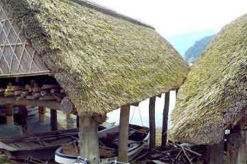 三方湖の可愛いボート小屋