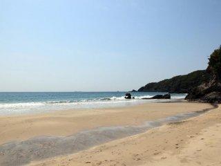 下田海岸沿いの大浜ビーチ