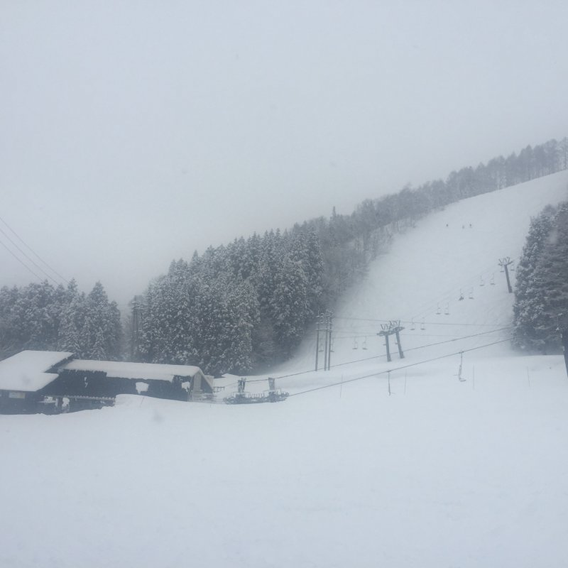 <p>nozawa onsen ski town มาแล้วรับลองว่าจะอยากสกี</p>