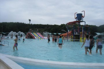 Children`s Fun Pool where my niece enjoyed much. I recommend this for mother/father-child bonding.