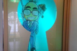 Avatar Aoyama Gosho di pintu masuk museum