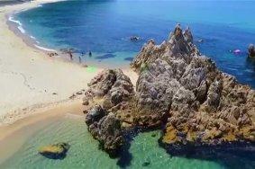 福井、水晶浜の碧い海