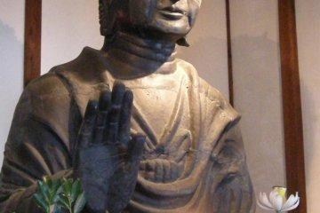 Large Buddha statue-1300 years old